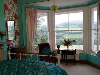King Size Room, Brentor