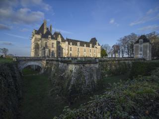 Loire Valley Château with 5* Accommodation, Saumur