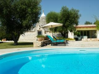 Exceptional 3 Bed Trulli with Pool, Puglia, Italy