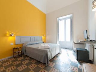 Kaleidos Guest House .....Xantòs, Galatina