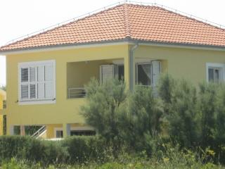 "Apartmani ""More"" - Seaview 50m to beach, Nin"