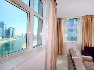 Cosmopolitan 1 Bedroom Apartment II, Dubai