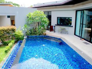 Baan Bua villa Raisa (2 bedrooms, Nai Harn)