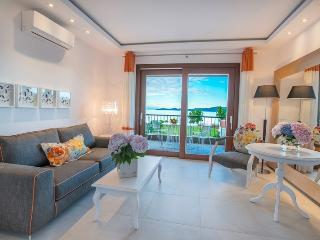 Maisonette with sea view, Nea Rodha