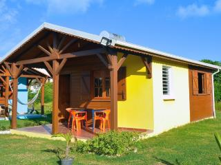 Vue extérieure du bungalow Ti' Hibiscus