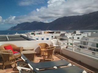 APARTMENT BALIMEN IN FAMARA FOR 6P, Famara