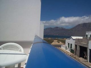 APARTMENT BIKFAM IN FAMARA FOR 5P, Famara