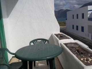 APARTMENT MAKALO IN FAMARA FOR 4P