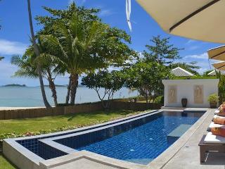 Villa 12 - Beach Front with Fantastic Sunsets, Plai Laem