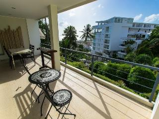 Beautiful seaview apartment #2, Karon