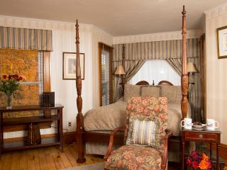 Glynn House Inn: Taft Deluxe Bedroom, New Hampton