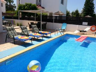 St Michael Mandali villa, Protaras, 3bedroom private pool, free wifi/aircon