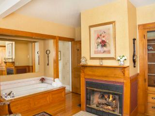Glynn House Inn: Monroe Deluxe Suite, New Hampton