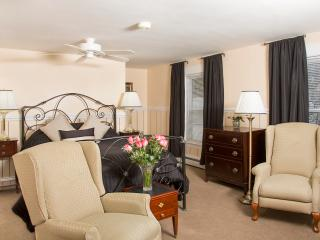 Glynn House Inn: Adams Deluxe Suite, New Hampton