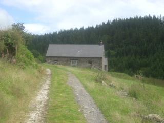 Barn at hall farm sleeping 5, Crickhowell