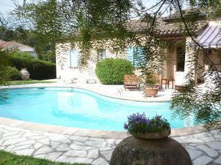 Appartement dans joli Mas Provençal avec piscine, Mougins