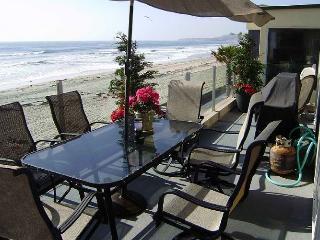 Luxurious 3b/3b Condo with Panoramic Ocean Views, San Diego