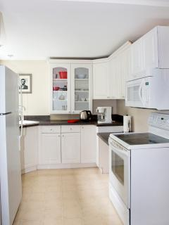 Lincoln Apartment - fully equipped kitchen