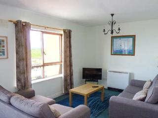 ATLANTIC VIEW, second floor apartment with beach views, good touring base, Bundoran, Ref 927435
