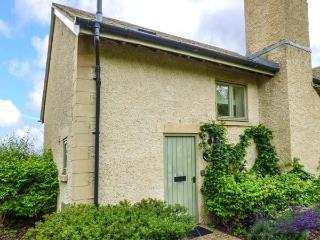 RIVERVIEW, on edge of waterside development, en-suite, woodburner, parking