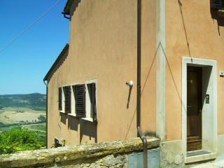 MONTEPULCIANO OLD TOWN, Montepulciano
