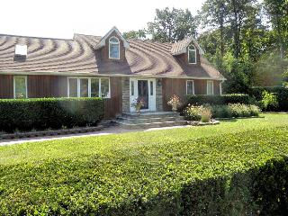1, 2 or 3 bedrooms in Long Island, NY Lucury Home, Shirley