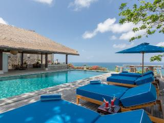 Ocean Bliss Luxury 3 Bedrooms Villa