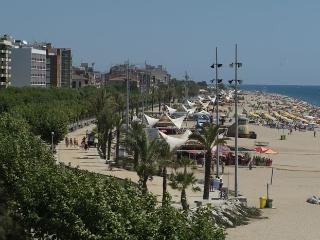 Apartments in Neptuno Hotel***