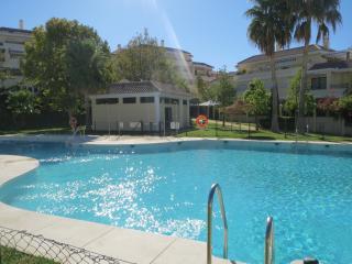 Apartamento de golf de tres dormitorios cerca de la playa, Caleta de Vélez