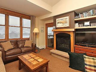 Sixth floor condo with vaulted ceilings
