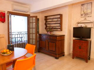 Traditional Apartment In the heart of Le Suquet, Cannes