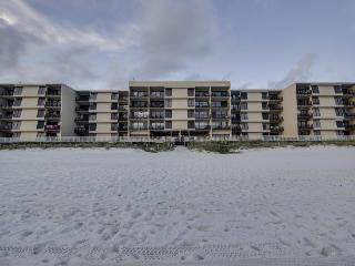 Fantastic two-bedroom condo w/beach access and views, Panama City Beach