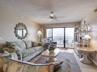 Fantastic oceanfront condo w/beach & pool access, and stunning views, Panama City Beach