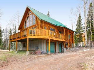 Exclusive cabin between Giant Steps and Navajo with wonderful home essentials, Brian Head