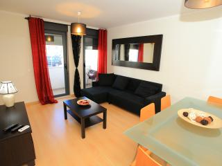 Beautiful 2 bedrooms apartment close to the beach