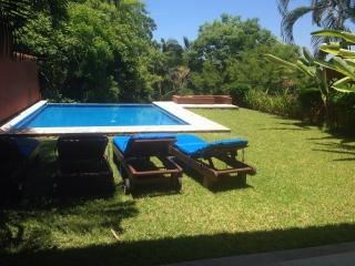 Las consentidas, Ixtapa