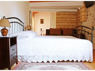 Studio apartment in Trogir old town center