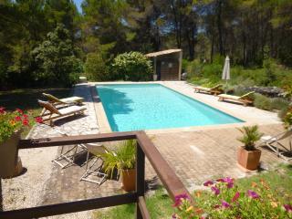 T2 meublé de 46 m2 avec piscine, Venelles