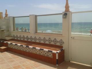 Villa directly on the beach