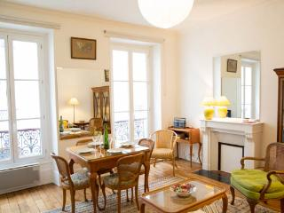 Cité de l'Alma- A superb apartment found on the doorstep of the Eiffel Tower