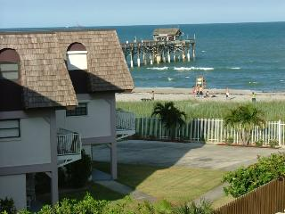 The Beach House 211, Cocoa Beach