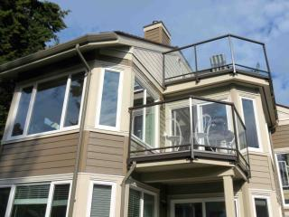 WOW! 3 Bedroom  Beachfront Condo steps to sand, Parksville