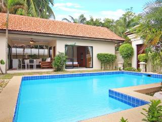 Talay Time, spacious 2 bedrooms near the beach, Jomtien Beach
