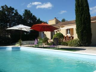 Modern house with garden and pool, Saint-Nazaire-d'Aude
