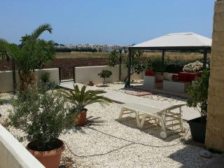 Luxury Holiday House 3bed in Mandria Cyprus