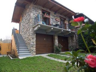 Orta lake Little Stone House Miasino
