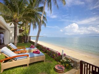 *Please Enquire For Special Rates* Stunning 5 bed beachfront villa Frangipani, Surat Thani
