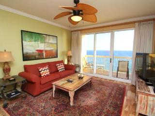 Luxurious family friendly 3 Bedroom with a View, 2 King Beds, FREE BEACH CHAIRS and 55 inch HDTV Service, Panama City Beach
