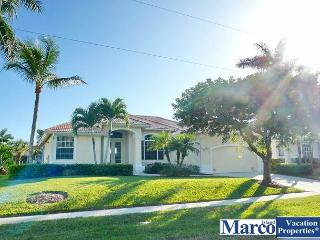 Dog-friendly waterfront home w/ short walk to restaurants, Marco Island