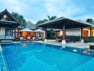 4 Bedroom Ocean Front Villa at the Kanda Residence, Koh Samui